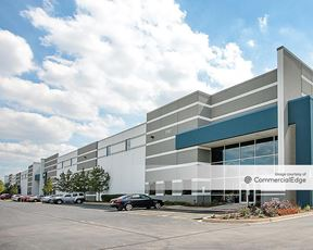 Aptakisic Creek Corporate Park - 1701 Leider Lane