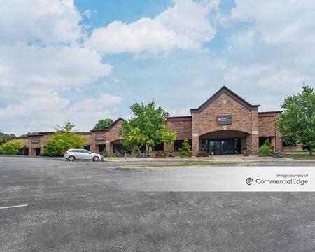 411-485 South Landmark Avenue - Bloomington