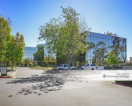 Newport Beach Financial Plaza - Newport Beach