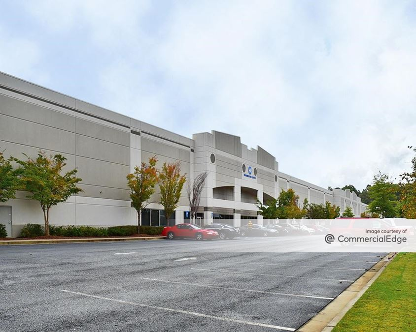 Camp Creek Business Center - 4800 North Commerce Drive