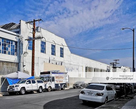 3008 South San Pedro Street - Los Angeles