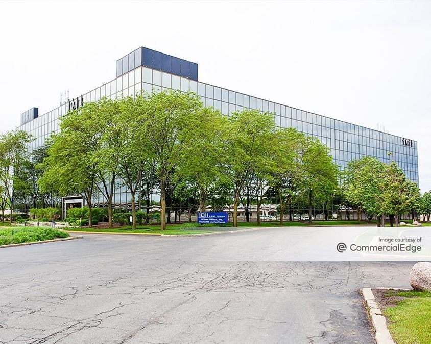 Commerce Centre at O'Hare - 1011 East Touhy Avenue
