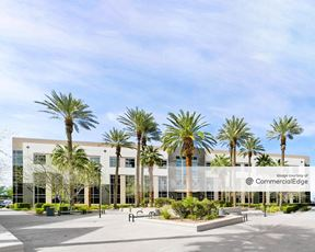 Green Valley Corporate Center South - 2485 Village View Drive