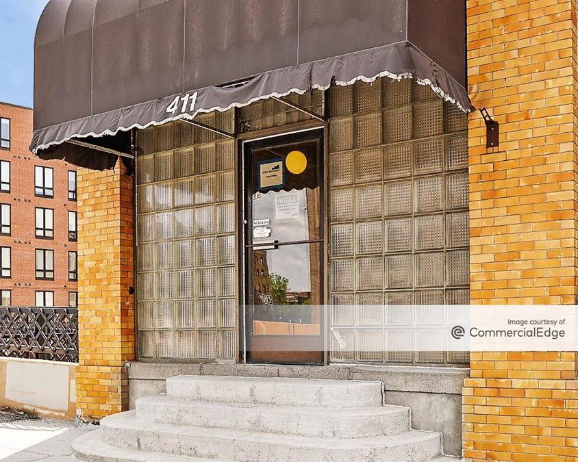 419 Washington Avenue North
