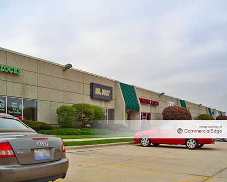 Fifth & Mill Business Center - Naperville