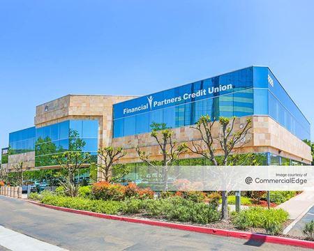 Rio Vista Plaza II - San Diego