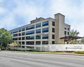 Atlanta Medical Center South - Medical Arts Center